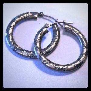 Jewelry - Textured sterling silver hoop earrings